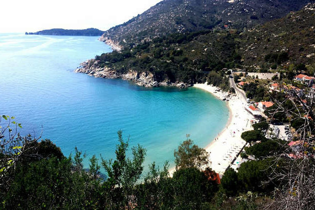 le spiagge dell'isola d'elba descritte per facilitare la scelyta di dove fare le vacanze